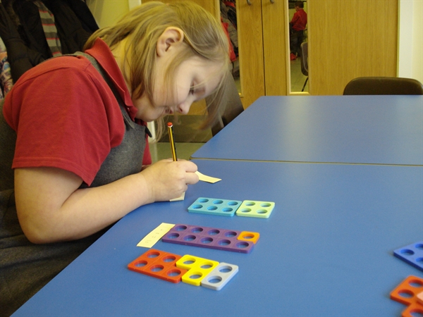 Finding different ways to make 10